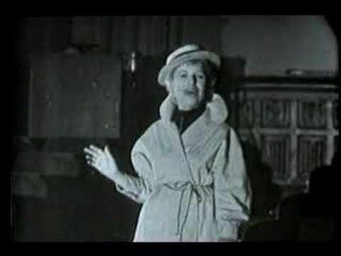 Lotte Lenya sings Alabama Song (vaimusic.com)