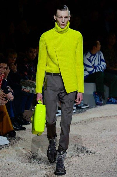330ce39dfa0 The complete Louis Vuitton Fall 2018 Menswear fashion show now on Vogue  Runway.