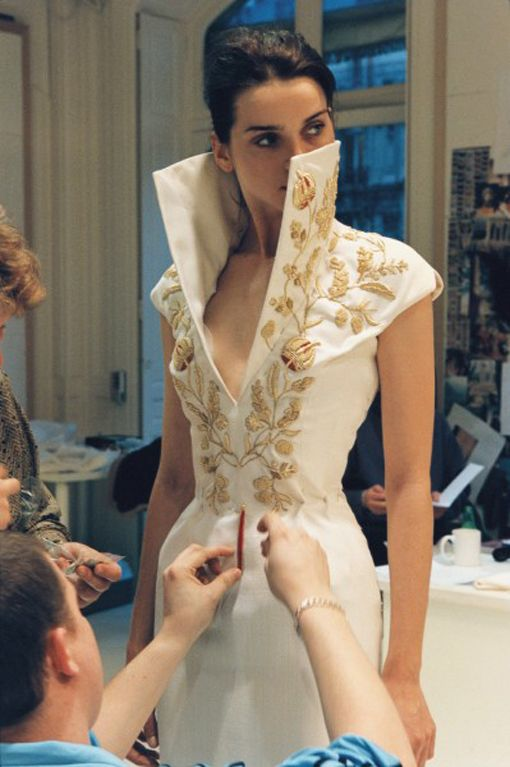 Givenchy haute couture by Alexander McQueen Spring/Summer 1997 backstage Just WOW!!!  Love exaggerated collars