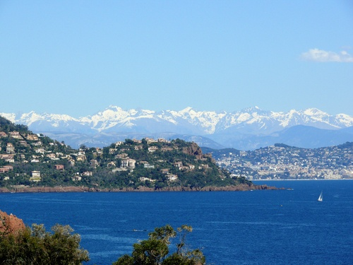 View in the background on the Mercantour from the ledge Théoule, in the Alpes Maritimes, Provence