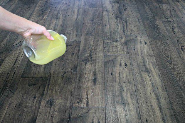 Homemade Floor Polish Recipe To Restore Shine To Wood Ehow Polish Floor Wood Floor Polish Wood Floor Cleaner