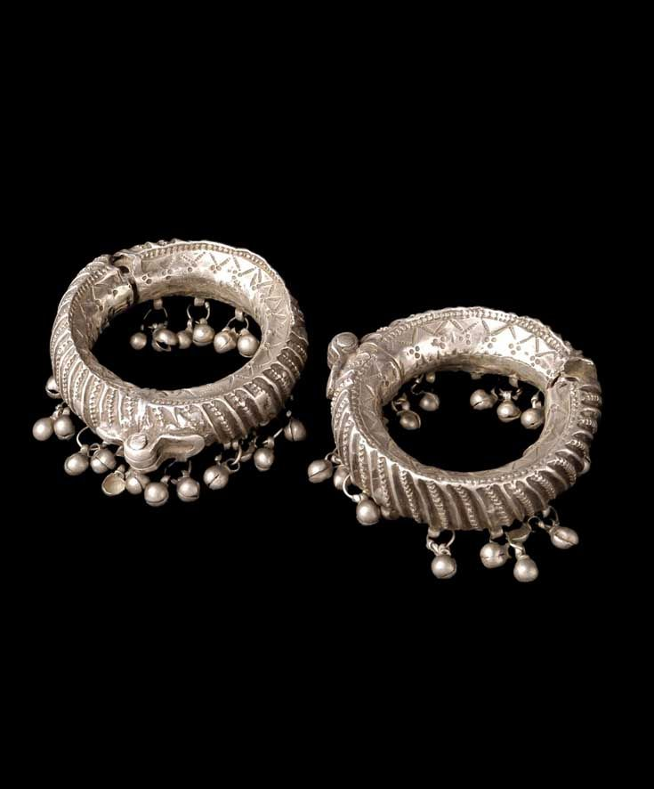India - Rajasthan | Pair of anklets ~ janjria ~ from the Sindhi people; silver.  ca. prior to 1974.  // ©Quai Branly Museum. 71.1974.93.180.1-2