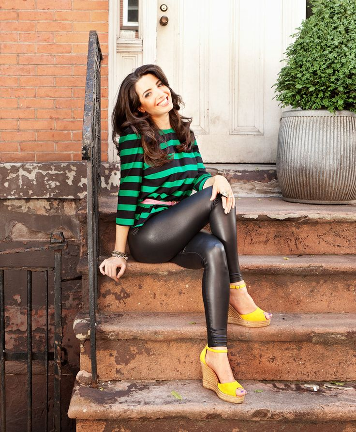 Marie Forleo- Rock Star Woman, Entrepreneur, Life Liver, and one heck of a powerhouse business woman. SHE´S THE BEST!!!!