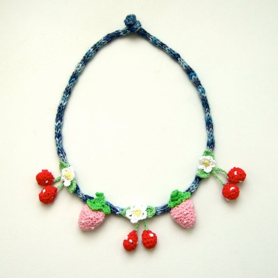 crochet necklace by pipapiep on Etsy