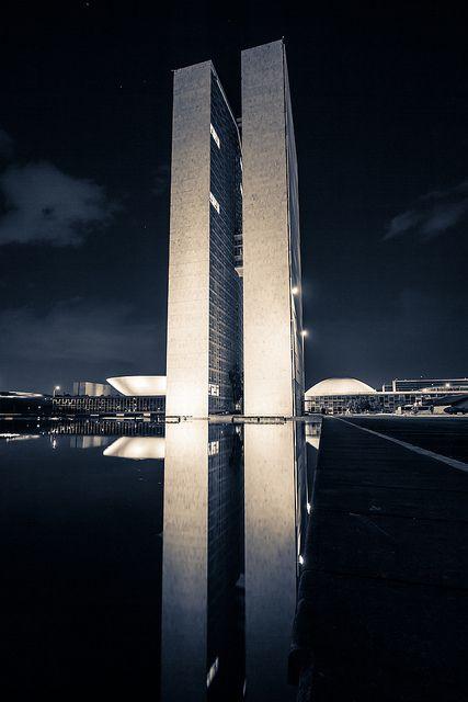 Congresso Nacional, 1960 - Brasilia, Brasil - Oscar Niemeyer