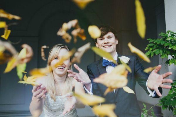 Inspiração para um casamento no outono. #casamento #inspiração #outono #noivos #folhas