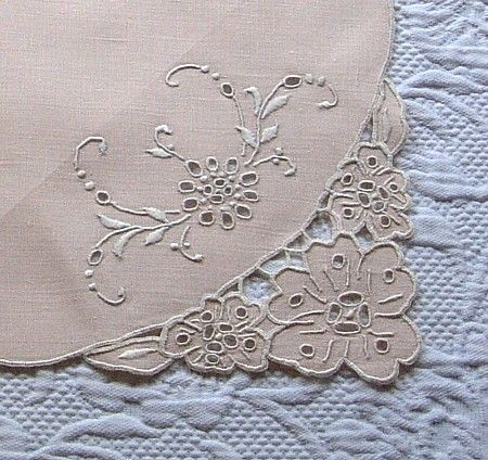 Em's Heart -Vintage Linen Madeira Embroidered Mats Napkins Runner Set