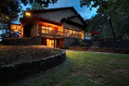1000 ideas about luxury cabin on pinterest luxury log cabins mountain dream homes and. Black Bedroom Furniture Sets. Home Design Ideas