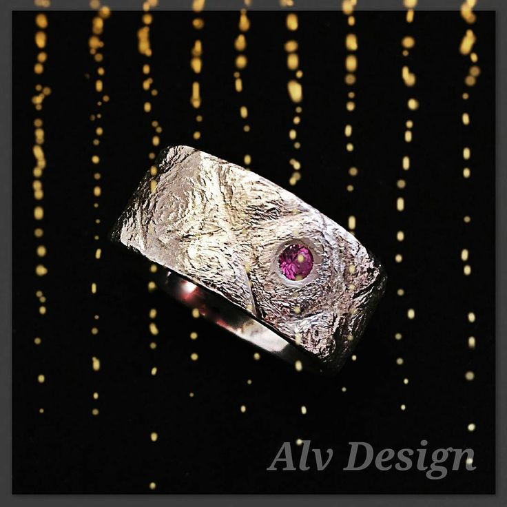"""""""FREJ rustic silverring with a pink sapphire from Alv Design. Work and design by Kenneth Lindström. #silverring #jewelry #handcrafted #alvdesign"""""""