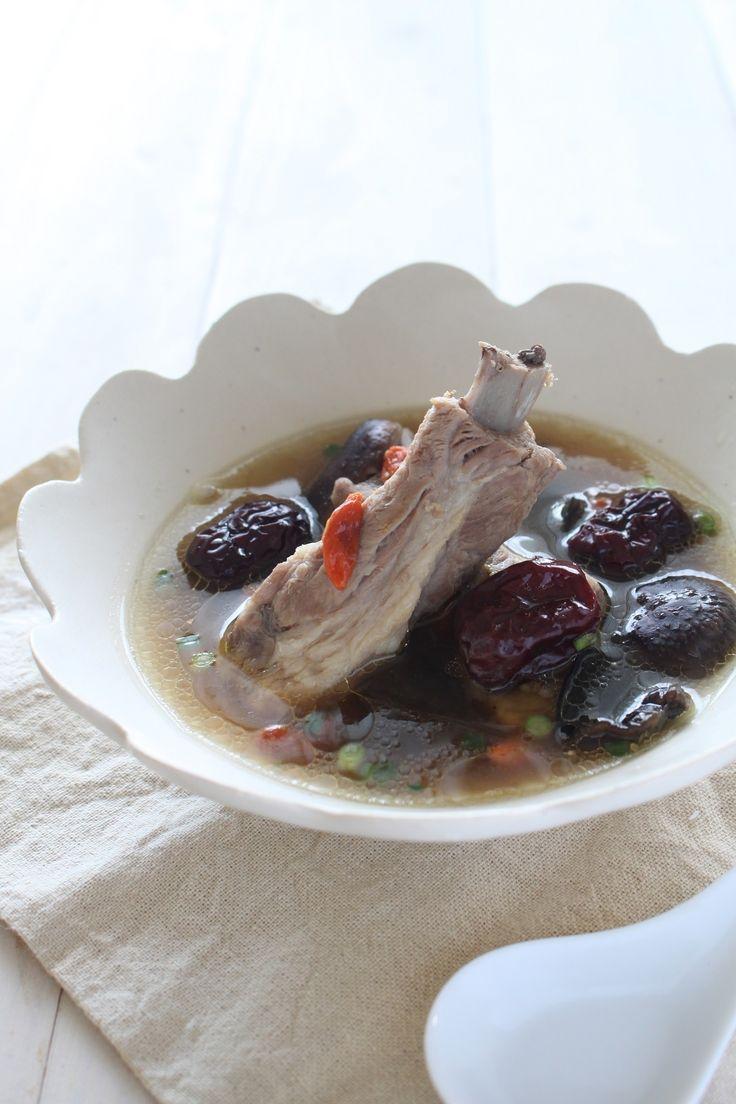 スペアリブとなつめの養生スープ by 神田 美紀 | レシピサイト「Nadia | ナディア」プロの料理を無料で検索