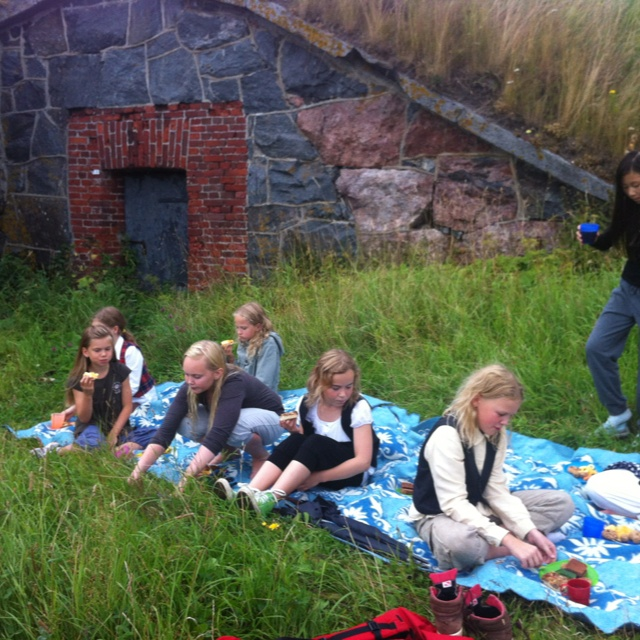 #hobbit #picnic @suomenlinna