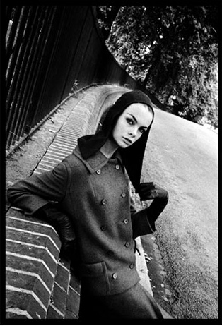 Jean Shrimpton photographed by Brian Duffy, 1960.