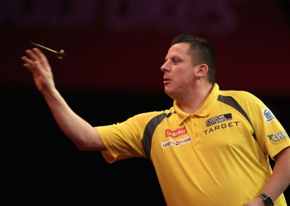 Dave Chisnall came through a rollercoaster clash with Jamie Caven to reach the last eight of the BetVictor World Matchplay.
