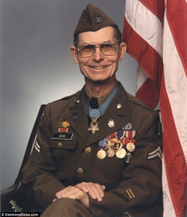 Desmond Doss awarded a Medal of Honor for saving 75 lives during ...