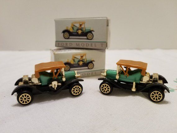 Ford Model T Miniatures Collectible Mini Cars Vintage Classic Cars No 304 Set Of 2 Classic Cars Vintage Ford Models Model T