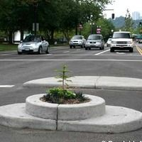 Portland, OR - World's Smallest Park 899 SW Naito Pkwy, Portland, OR Directions: Along the west shore of the river at the corner of SW Naito Pkwy and Taylor St. It's between the traffic lanes in the walkway between two posts. - See more at: http://www.roadsideamerica.com/tip/6065#sthash.rVG0eVzH.dpuf