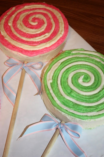 Lollipop cake idea. Now THAT'S adorable.