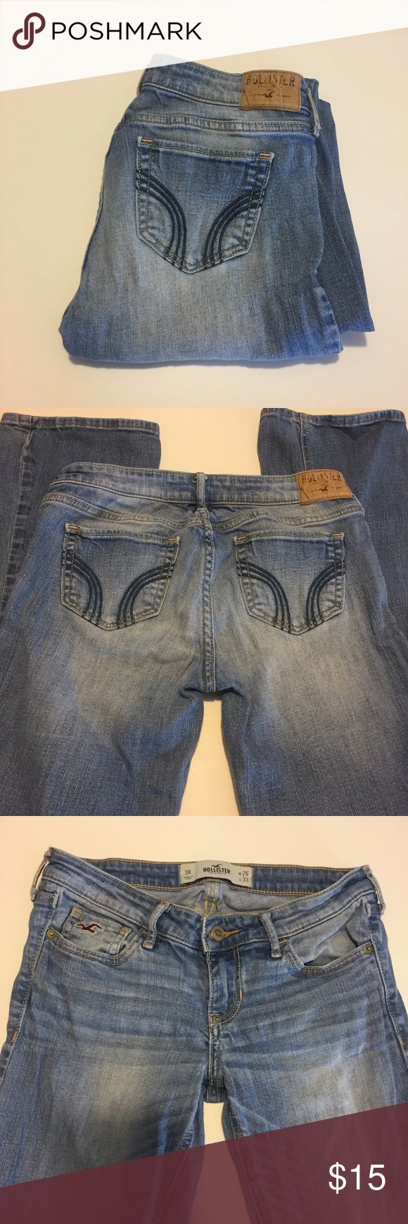 Hollister stretch jeAns OBO Hollister stretch bootcut jeans with blue stitching on back pockets. Like new condition!! Booty flattering. Hollister Jeans Boot Cut