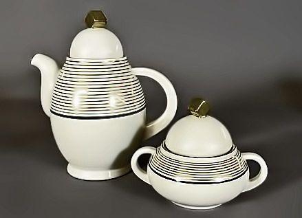 Art Deco teapot and sugar bowl – Nora Gulbrandsen for Porsgrund Porselen, Norway