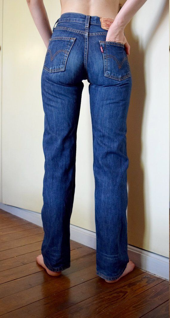1bf5fa4ddcbc6 Authentic Levi s 501 jeans vintage 1980 s iconic