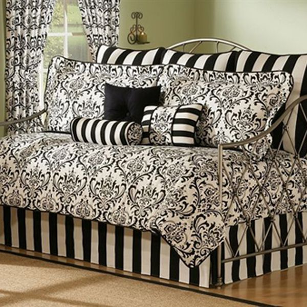 Best 25+ Daybed bedding ideas on Pinterest | Daybed couch, Spare ...