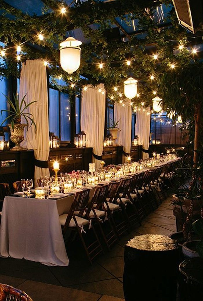 Photo: Heather Waraksa; A rooftop wedding under the stars at New York's Gramercy Park Hotel.