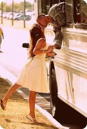 Awww!: The Kisses, Bus, Military Men, A Kisses, Pictures, Things, Army Wives, Wedding Quotes, Photography
