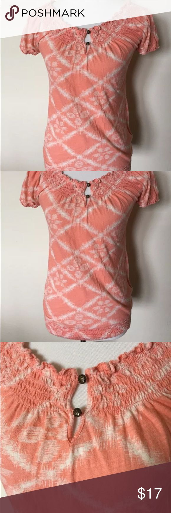 Lucky Brand Boho cinched top size XS Beautiful Boho style top by Lucky Brand. Cinching around a boat neck collar, adorned with two brass colored buttons, peach color with white Ikat like floral pattern, cinching at the waist. 100% cotton, size XS. Lucky Brand Tops Tees - Short Sleeve