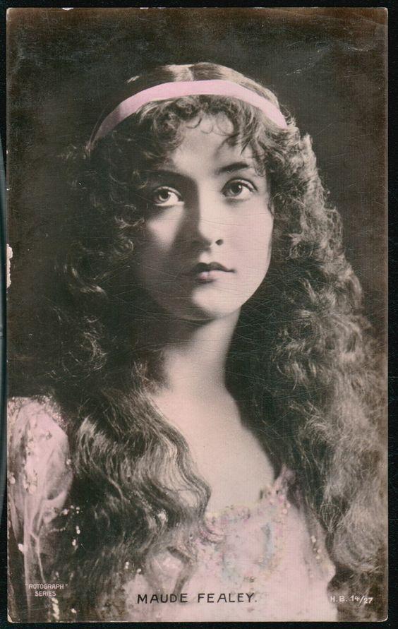 Maude Fealy