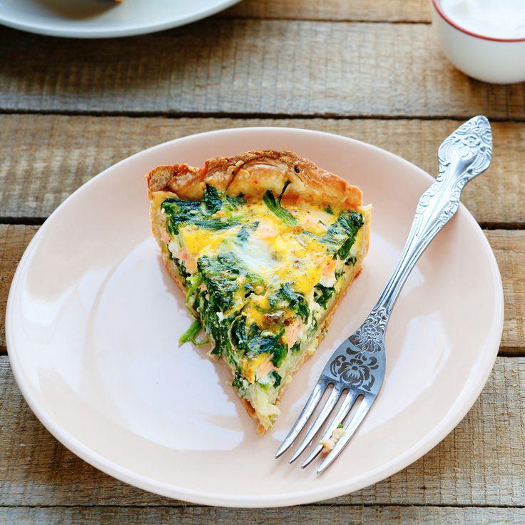 Deze slanke hüttenkäse quiche bevat weinig koolhydraten en zit boordevol eiwitten en groente. Perfect passend in het Slankplan!