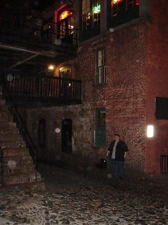 haunted pictures savannah - Google Search