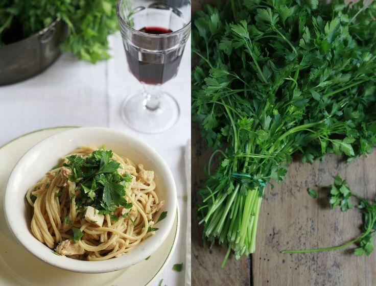 Espaghetti con Atún, Limón y Perejil