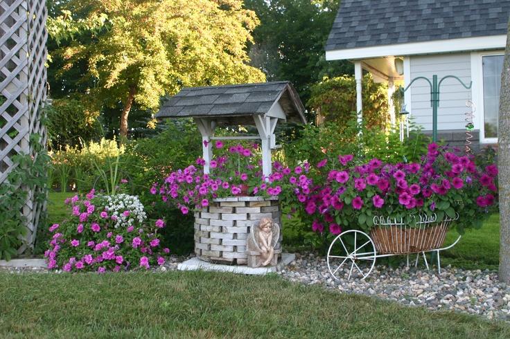 Amazing Wishing Well Garden, Wishing Well Garden Decor, Wishing Well Outdoor Decor