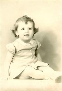 Stanley Ann Dunham, early 1940's