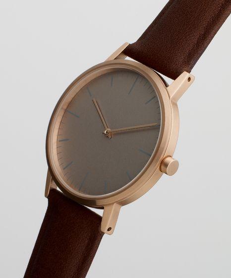 Uniform Wares 152 Series Rose Gold / Walnut Cashmere Leather. Uniform Wares watches. #introdesign #watch #wristwatch #uniformwares #design #classy
