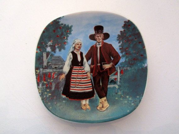Arabia Finland Design Wall Plate Finnish National