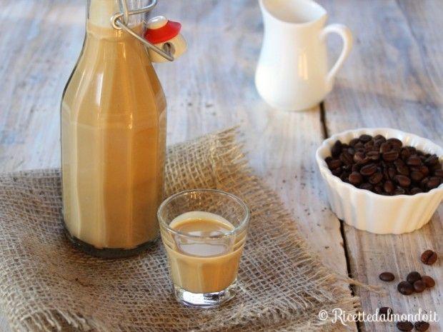 Liquore al Caffè cremoso  Cremoso e semplicemente delizioso!