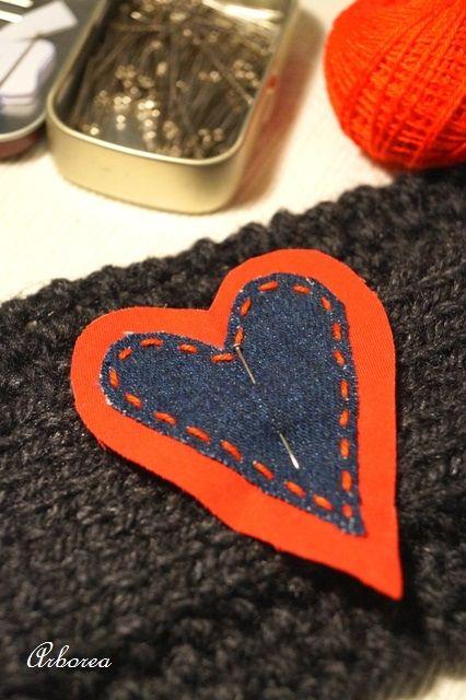 Jak zrobić ocieplacz na kubek   http://dekoeko.com/najlepszy-prezent-walentynkowy-ocieplacz-na-kubek/   Czytaj więcej na www.dekoeko.com
