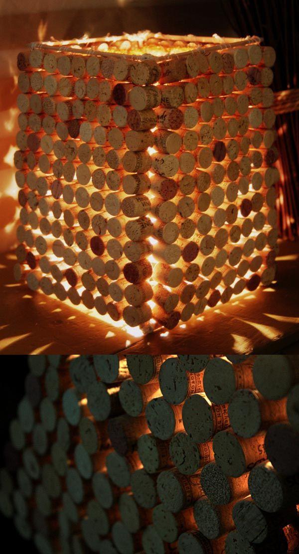 Lámpara con tapones de corcho