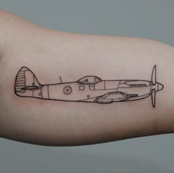 30 Amazing Airplane Tattoos For People Who Love To Travel