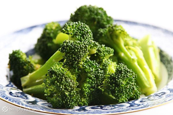 Delicious basic steamed broccoli recipe, the easiest way to cook this wonderful vegetable. ~ SimplyRecipes.com