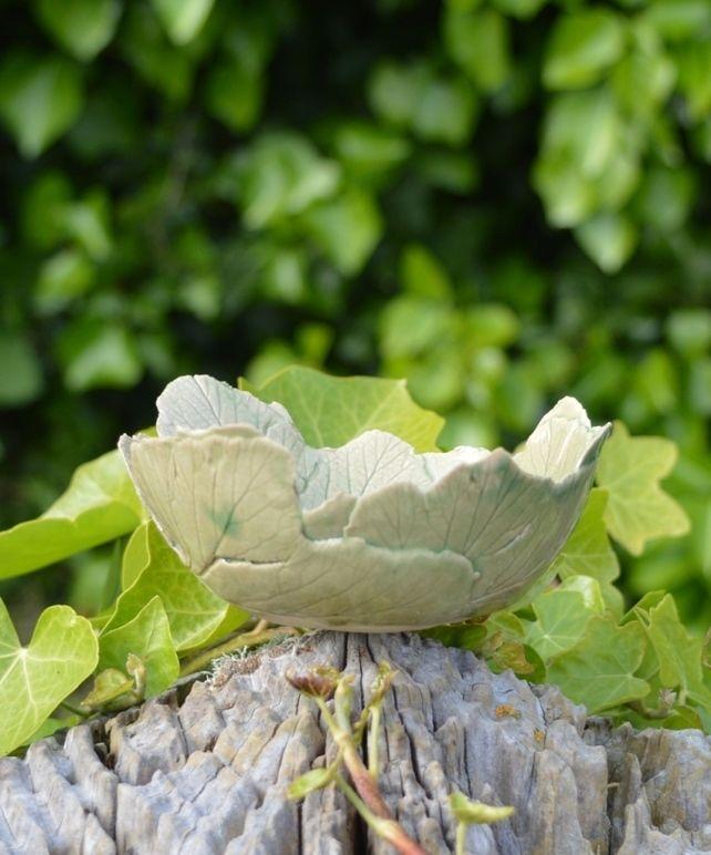 stoneware leaf bowl £15.00