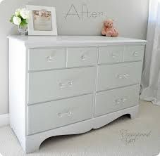 subtle two toned. One color for the drawers, same color 1:1 with white paint for the rest