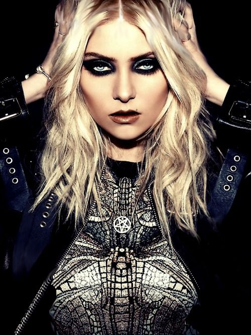 25+ best ideas about T... Taylor Momsen