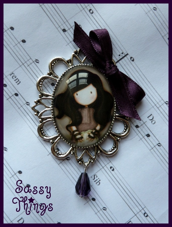 Sassy Things Complementos: Broche / Camafeo Suzanne Woolcot II