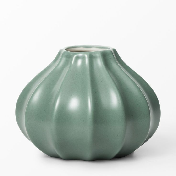 Åhléns lovely bud vase Scandinvavian style.