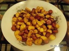 Encore une petite idée de cuisson avec l'actifry Ingrédients pour 4 gourmands : 1 kg de pomme de terre 2 saucisses à cuire 2 knacks sel, poivre Préparation : Eplucher et couper les pommes de terre en petits carrés de 1 cm. Déposez-les dans la cuve de...