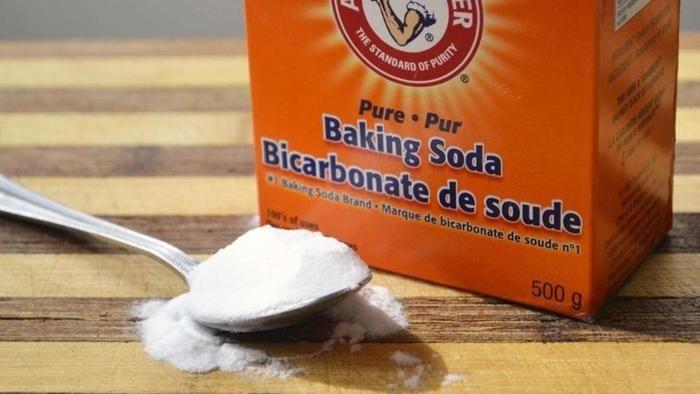 Ik weet dat je baking soda voor veel dingen kan gebruiken, maar ik wist niet dat je er ook dit mee kon doen!