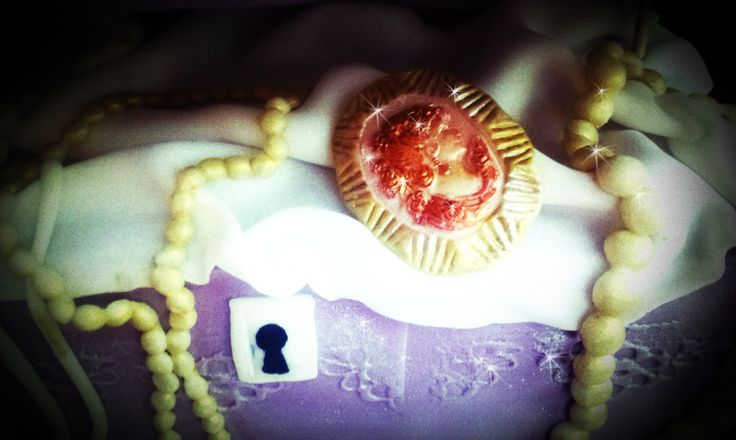 Jewels cake - detail