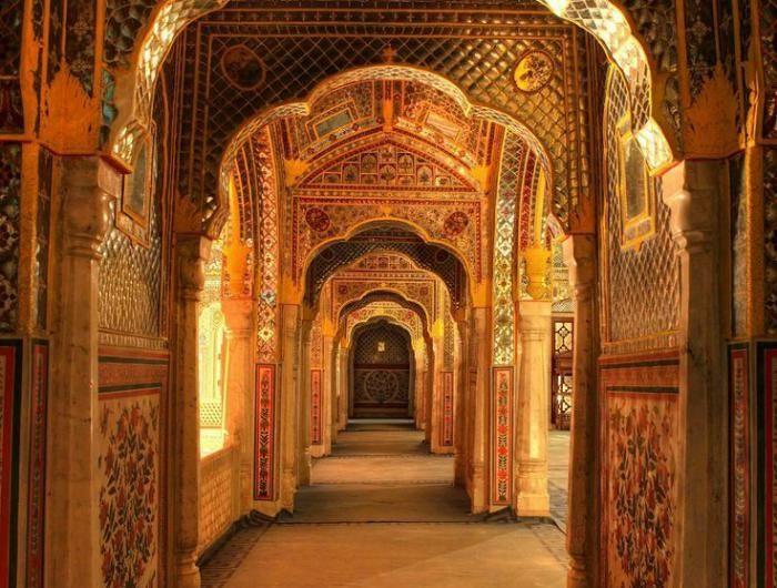 Indien-Rundreise-Indian-Palast-Schloss-Tempel-in-Indien-Architektur